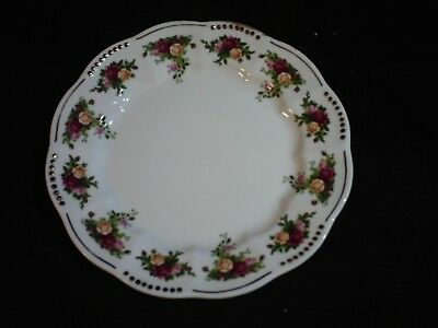 "Royal Albert Old Country Roses Golden Pearl 8.25"" Salad Plate - Excellent Cond"
