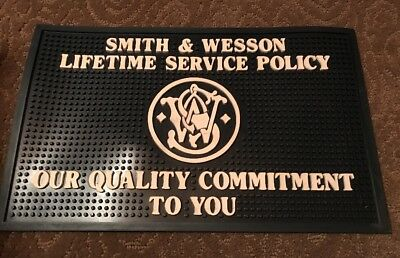 Factory Smith & Wesson Firearms Dealer Counter Mat  Brand New