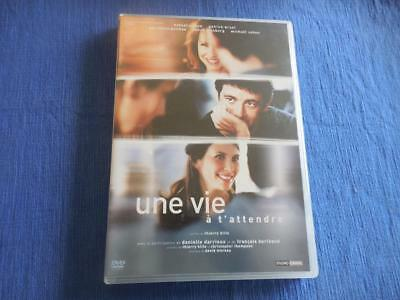 Une Vie A T'attendre - 2 DVD set - LIKE NEW - Region 2*(see below)-English Subti
