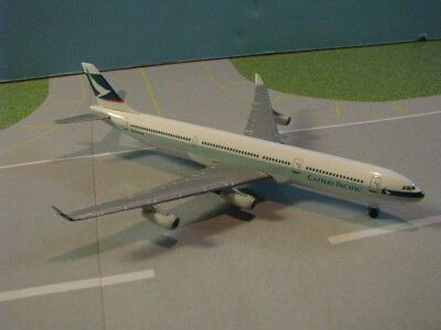 Herpa Wings Cathay Pacific A340-300 1:500 Scale Diecast Metal Model