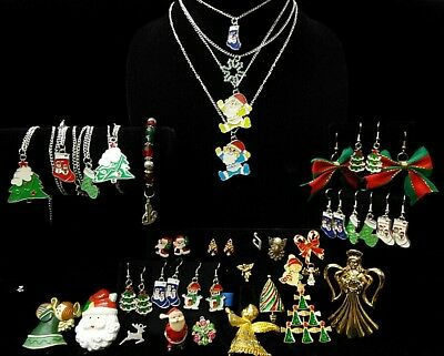 Large Lot of Vintage to Modern Christmas Holiday Jewelry Brooches, Pins, earings
