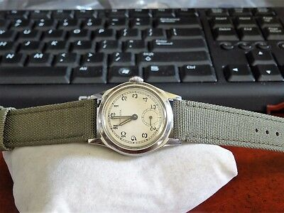 Vtg 1940s Rare Invicta Military 15-Jewels Swiss Mens Watch w/ 17mm Canvas Band!