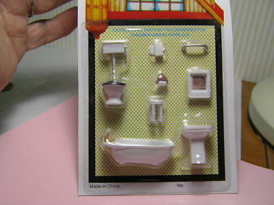 "Miniature Dollhouse 8 Pc Plastic Bathroom Set 1/4"" 1:48"
