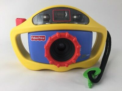 VTG Vintage Fisher Price Perfect Shot My First Camera 35mm Flash Kids Grip 1999
