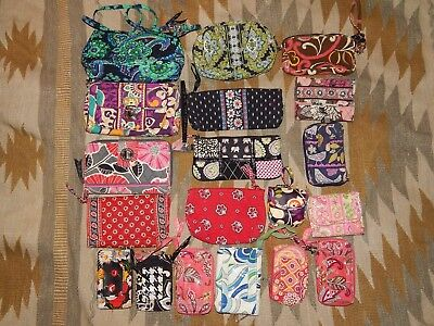 Lot of 19 Vera Bradley ~ Wallets & License/Card Holders ~ Pre Owned