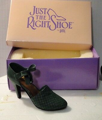 Just The Right Shoe  Sumptuopus Quilt  #25013