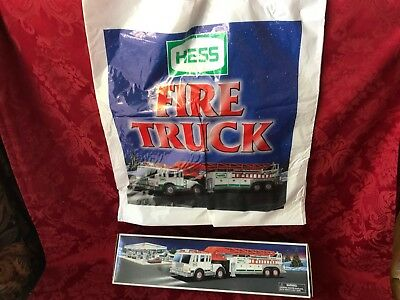 """2000 Hess """"FIRE TRUCK"""" with """"HD EXTENSION LADDER"""" WITH ORIGINAL BAG-NEW IN BOX"""