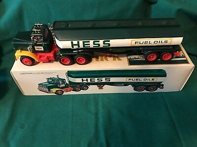 "1977 Hess ""toy Tanker Truck"" ""new In Box With Inserts""-Mint"
