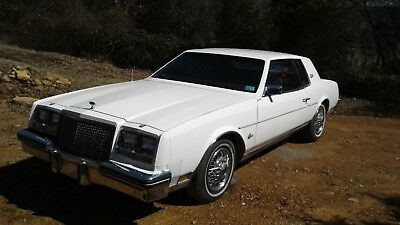 1982 Buick Riviera Chrome 1982 Buick Riviera Hard Top 5.0L 307 V8 olds engine