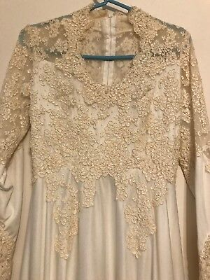 1979 Vintage Rocky II Wedding Dress by Alfred Angelo/Edythe Vincent