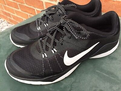 Nike Flex TR 5 Trainer Running Athletic Sneakers size US 8 Eur 39