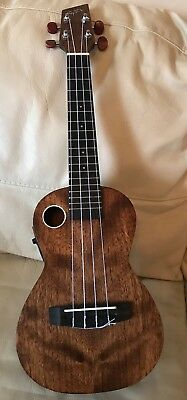 BOULDER CREEK RIPTIDE Ukulele Euc-5Ns  Electric Acoustic + Case + Books!