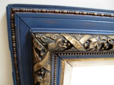 A lovely antique framed gilt & Farrow&Ball painted mirror in good condition.