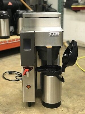 Fetco CBS-2131XTS-3L 3.0 Liter Airpot Coffee Brewer **Barely Used**