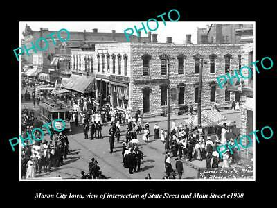 OLD LARGE HISTORIC PHOTO OF MASON CITY IOWA, STATE St & MAIN INTERSECTION c1900