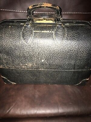 Vintage Doctors Bag Emdee Schell  Black Leather Good Condition No Key Cantilever