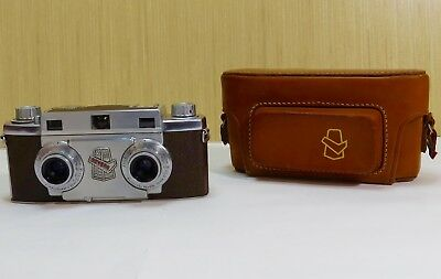 Vintage Revere Stereo 33 Camera With Leather Case - 1950's