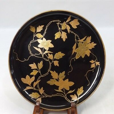 A117: Classy Japanese lacquerware tea-thing plate KASHIKI with fantastic MAKIE