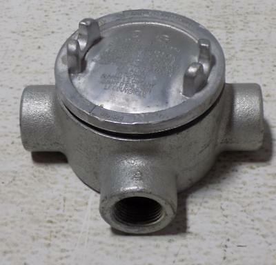 """Crouse-Hinds 3/4"""" Conduit Outlet Box  3/4 Guax 26T"""