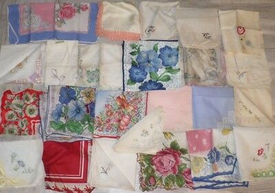 Vintage lot of 25 floral ladies hankies, handkerchiefs Silk Linen