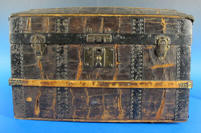 Antique c 1890 Geo Haines Pittsburgh PA Alligator Skin Doll Trunk Chest  yqz