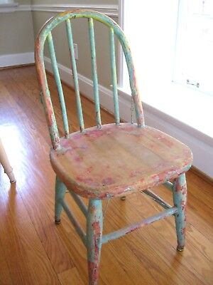 VERY CUTE Vintage WOOD WINDSOR CHILD'S CHAIR Original Chippy PAINT LAYERS WIRED
