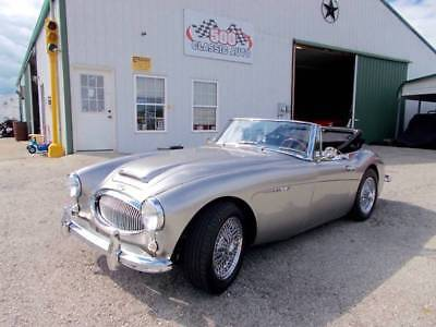 3000 MKII 1963 AUSTIN HEALY 3000 MKII ROADSTER Convertible 6 CYL 4 Speed with OD, Exc Cond