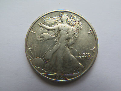 1942 S USA LIBERTY SILVER HALF DOLLAR or 50 CENTS in EXCELLENT CONDITION