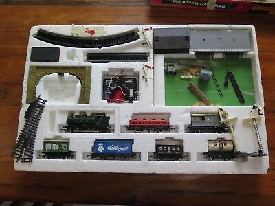 Vintage Hornby R175 Gwr Freight Set With Green 8751 Engine
