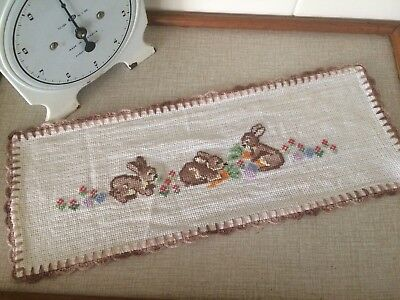 Easter Bunny Rabbit Doily Doiley Embroidery Cross Stitch