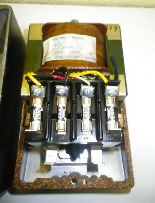 Cutler Hammer Lovolite Machinists Lamp Transformer.