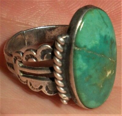 VINTAGE c1930 NAVAJO RING GREEN TURQUOISE NICE STAMPED SIDES COIN SILVER vafo