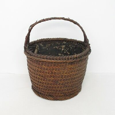 A207: Chinese old SUMIKAGO basket for charcoal of weaving bamboo with good taste