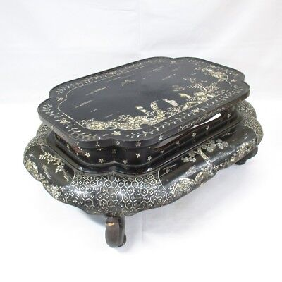 H091: Chinese old lacquer ware decorative stand with mother-of-pearl work