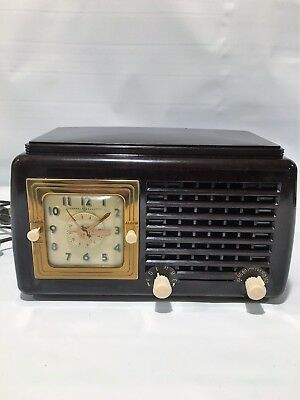 Vintage 1940's General Electric Clock Radio Model 50- Reconditioned Works Great!