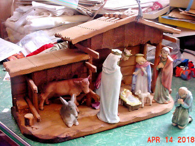 Vintage Goebel Hummel Christmas Nativity Set W/ Manger Perfect + Egypt Trip Pair