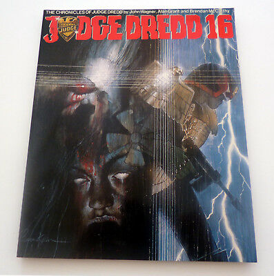 The Chronicles Of Judge Dredd Book 16 1987 1st Printing By John Wagner, 2000AD