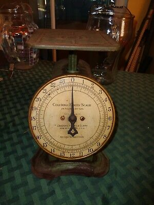 VINTAGE ANTIQUE COLUMBIA FAMILY 24 Pound Kitchen Counter Scale Green Landers