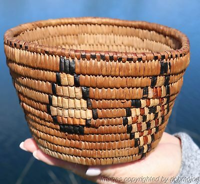 VERY FINE EARLY NORTHWEST COAST SALISH INDIAN BERRY BASKET c1900