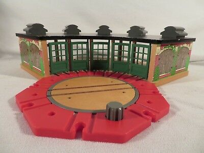 Amazing Thomas Train Wooden Tidmouth Station Shed Roundhouse Red Turntable Roundabout Home Remodeling Inspirations Genioncuboardxyz