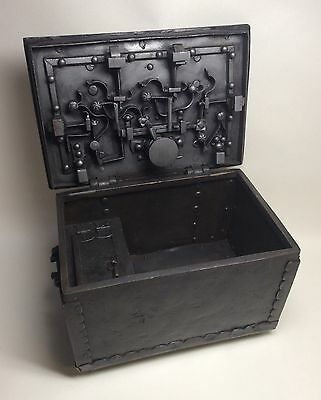 16th 17th Century Wrought Iron Strong Box Armada Chest Nuremberg Eisenkassette.