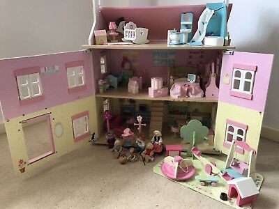 ELC Early Learning Centre Dolls House With Furniture And Family