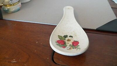 Treasure Craft Strawberry White Ceramic Kitchen Spoon Rest