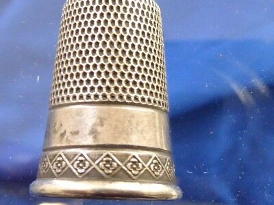 Victorian Antique Estate Sterling No. 10 Sewing Thimble Engraved Deisgn Sewing