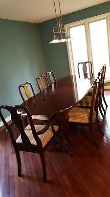 Vintage Ethan Allen Georgian Court Queen Anne Dining Room Table & 8Chairs