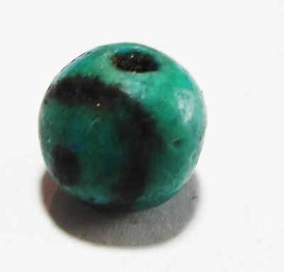 Zurqieh - As4569- Ancient Egypt, New Kingdom Faience Eye Bead. 1300 - 1100 B.c