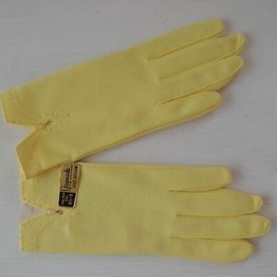 Vintage Gloves GAYMODE YELLOW 1950's/1960's Era PRISTINE Never Worn