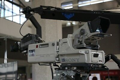 Sony BVP-900/950 broadcast SD television camera chains