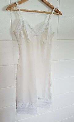 Vintage Lace Detail Nylon Slip Perfect Condition