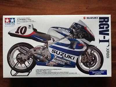 Tamiya 1/12 Suzuki Rgv-T Xr-89  Motorcycle Model Kit # 14081 Brand New